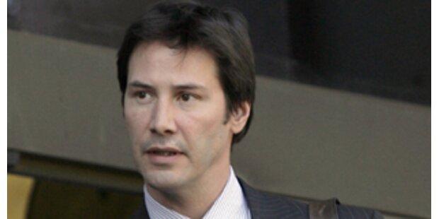 Angriff auf Paparazzo? Keanu Reeves vor Gericht!