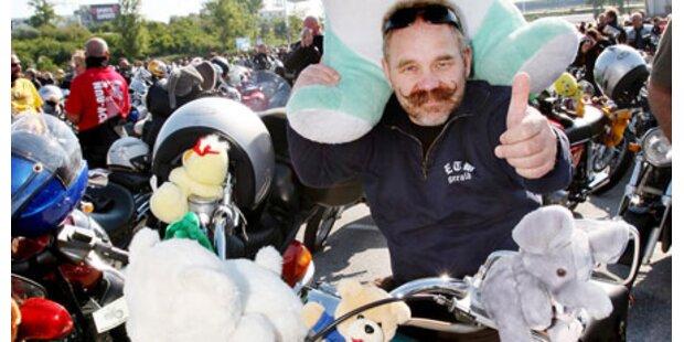 41.000 Euro von Toy Run Bikern