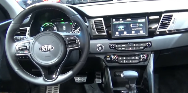 Kia-Niro-Hybrid_2019-fl-of.jpg
