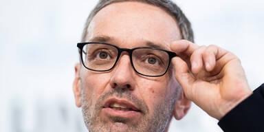 Kickl setzt weiteren Rechtsrutsch in FPÖ um
