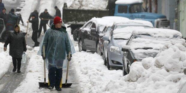Ausnahmezustand am Balkan: Schneechaos