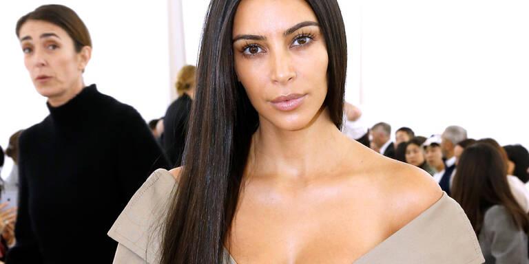 So sah Kim Kardashians erstes Fotoshooting aus
