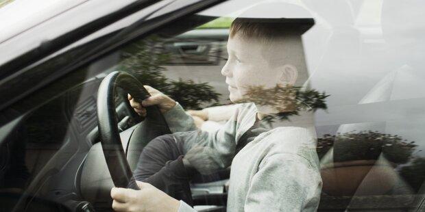 Bub (4) machte Spritztour mit Auto der Mutter