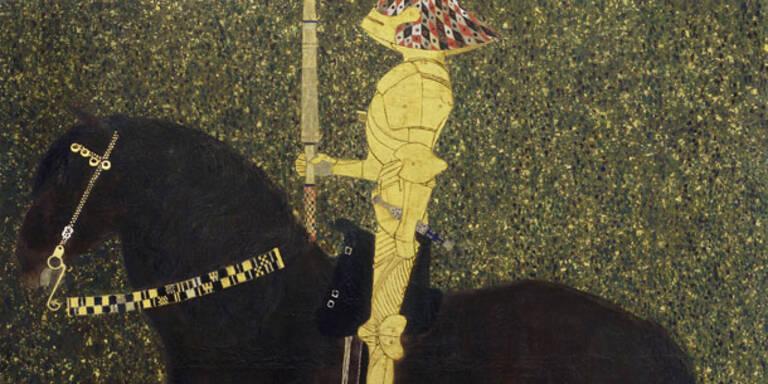 """Seit der Eröffnung der großen Jubiläumsausstellung """"Klimt Persönlich"""" im Leopold Museum ist Gustav Klimt nun endgültig in aller Munde. Mit fulminanten 1500 Besuchern bei der Eröffnung am Donnerstag Abend (23.2) und mehr als 6000 Besuchern am ersten Wochenende konnte das Museum einen der besten Ausstellungsstarts seit der Eröffnung des Museums verzeichnen."""