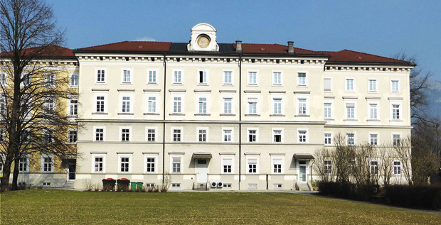 Kloster_St._Josef_(Salzburg.jpg