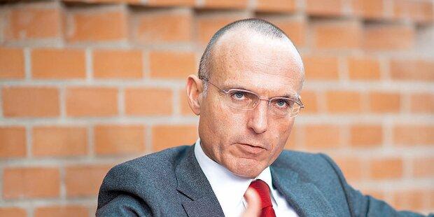 Klug will Rauchverbot beim Bundesheer