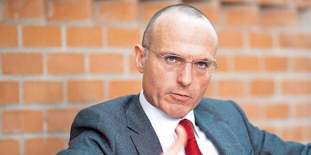 Asyl: Klug will Kaserne öffnen
