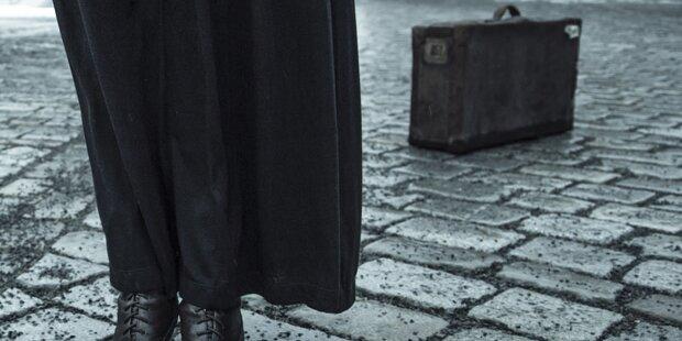 Salzburgerin findet Koffer – der Inhalt ist erstaunlich