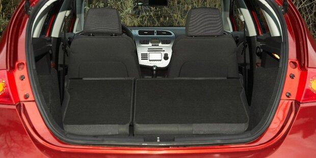 Autoeinbrecher versteckte sich im Kofferraum