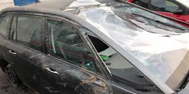 Liste Pilz-Klubchef baut schweren Crash
