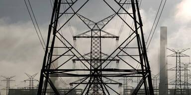 Kraftwerk Stromleitung Hochspannung
