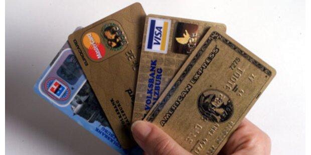 Einkauf mit falschen Kreditkarten