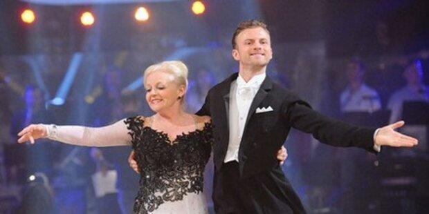 Brigitte Kren & Gabalier tanzen Wiener Walzer