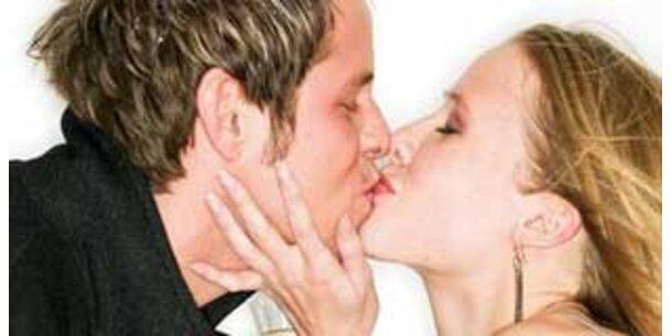 Warum Männer anders küssen