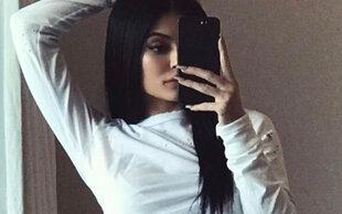 Kylie Jenner: Peinliche Photoshop-Panne löst Shitstorm aus