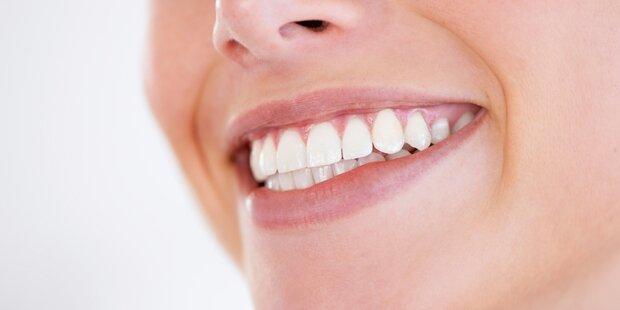 Natürliche Methoden für weiße, gesunde Zähne