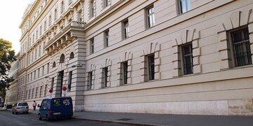 1.500 gestohlen: Bettlerin war mit 500 Euro nicht zufrieden