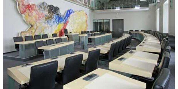 Skurille Tricks im Kärntner Landtag