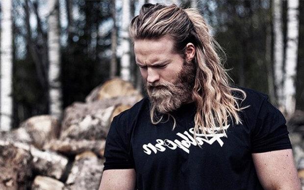 Dieser heiße Norweger verdreht uns den Kopf