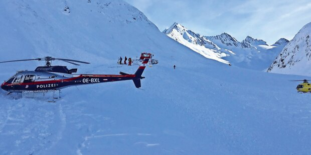 Snowboarderin von Lawine mitgerissen: tot