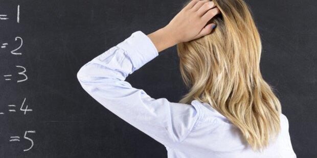 Von Schüler sexuell beleidigt: Lehrerin klagt Republik