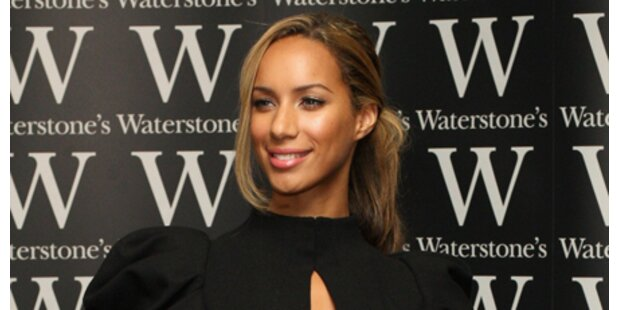 Leona Lewis bei Signierstunde attackiert