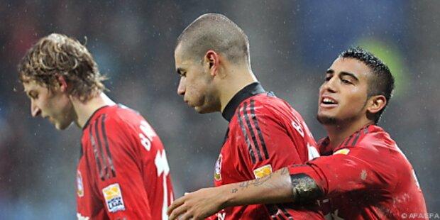 Leverkusen bleibt vorne - Bayern zwei Tore zurück