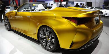 Lexus zeigt den RC als Cabrio
