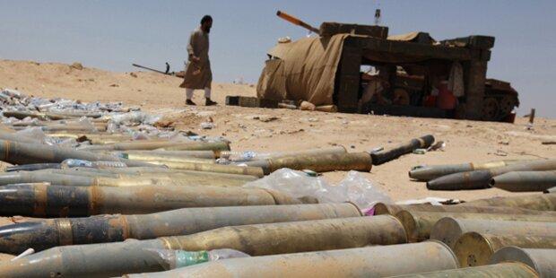 Gaddafi gibt Durchhalte-Parolen aus