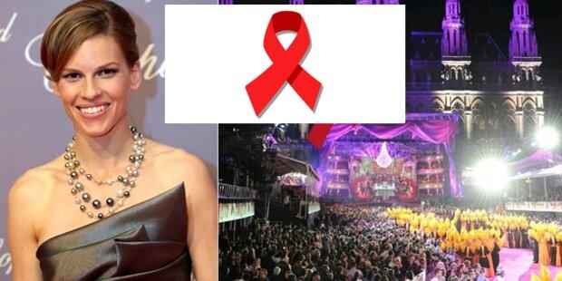 Hilary Swank überreicht Swarovski-Award