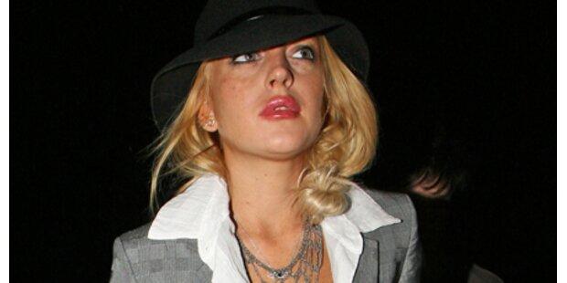 Skandalnudel Lindsay Lohan tanzt an
