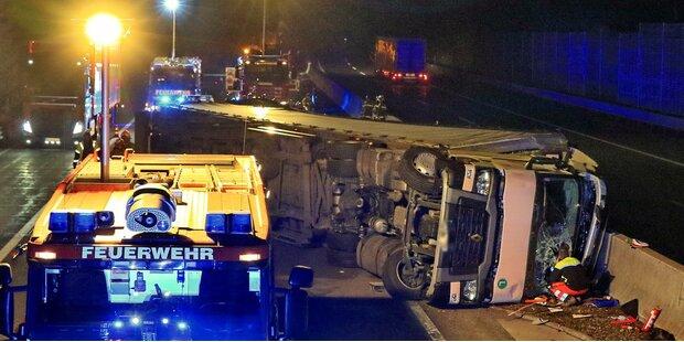 Lkw auf A10 bei Golling umgestürzt