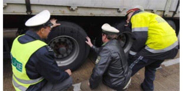 Sprengstoff-LKW mit defekten Bremsen gestoppt