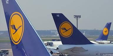 Lufthansa fliegt durch schwere Turbulenzen