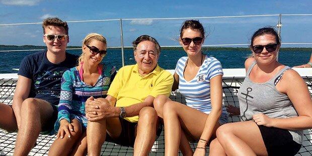 Richard Lugner auf Luxus-Abenteuer-Urlaub