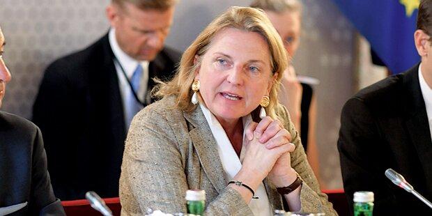 Kneissl fordert EU-Einsatz für Balkan