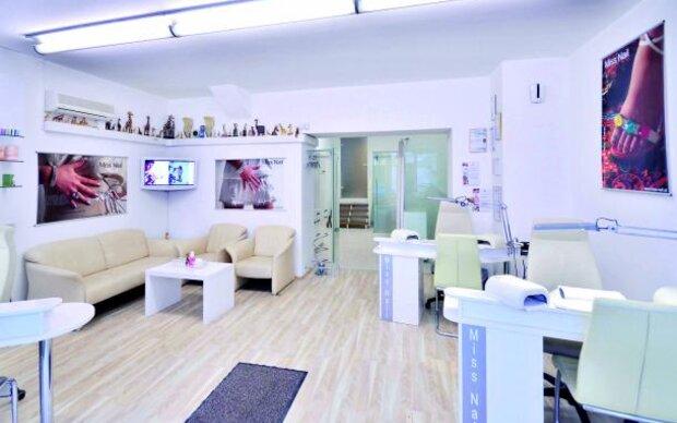 Anti-Aging Maniküre im Miss-Nail-Studio