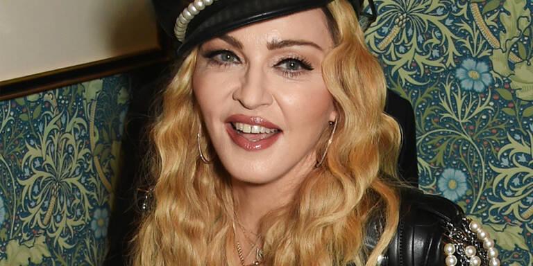 Madonna zeigt sich im natürlichen Look