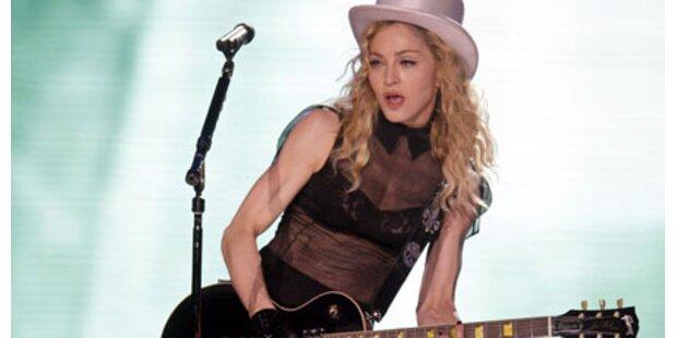 So leidet Madonna für die Schönheit