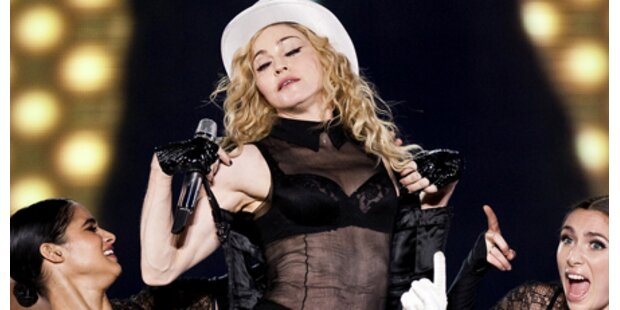 Madonna brach auf Bühne zusammen