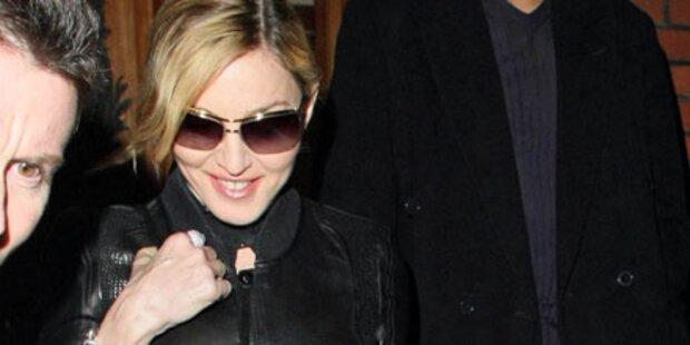 Madonna feiert 52er mit Jesus & Botox