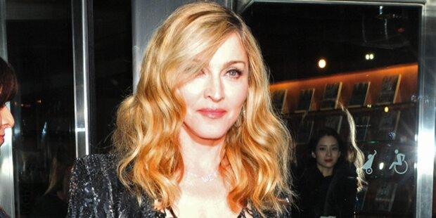 Madonna rockt den Super Bowl