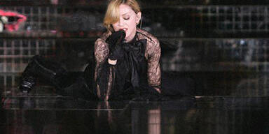 Madonna_Confessions_T