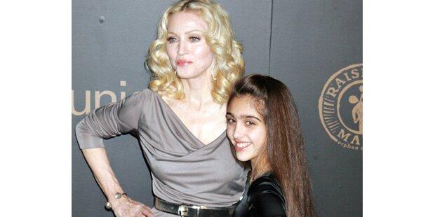 Ist Madonna eifersüchtig auf ihre Tochter Lourdes?