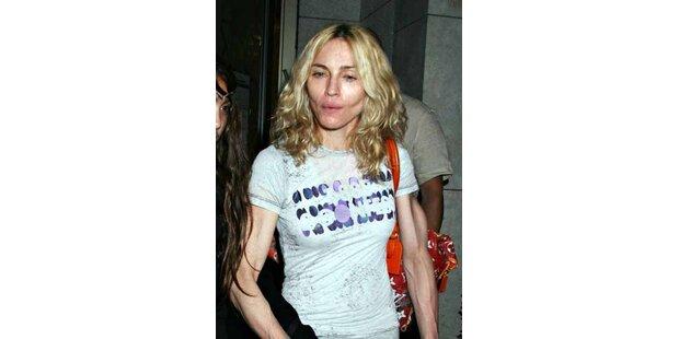 Dürr, blass, müde - Madonna sieht total fertig aus