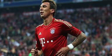 Bayern hängt Meister Dortmund ab