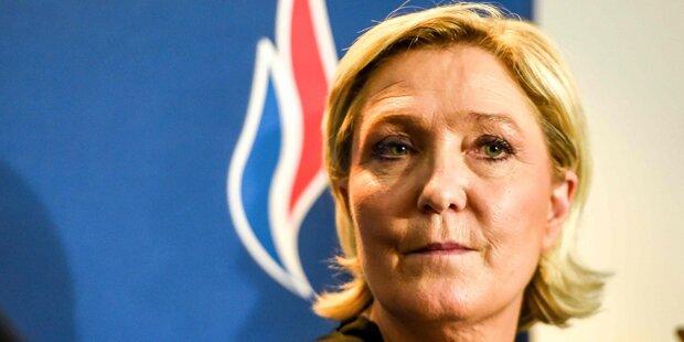 Le Pen muss 300.000 Euro zurückzahlen