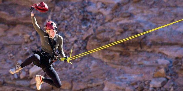Larissa: Stunt-Show in der Wüste Afrikas