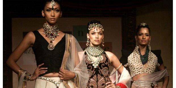 Indische Bräute: Viele Farben, viel Haut