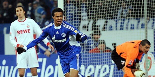 Schalke blieb mit 2:0 gegen Köln an Spitzenduo dran